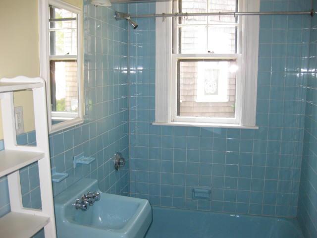 Hands On With Amy Devers Bathroom Window Worries